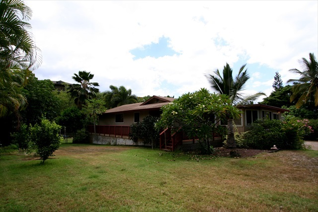 756 Kupulau St in Maui Meadows