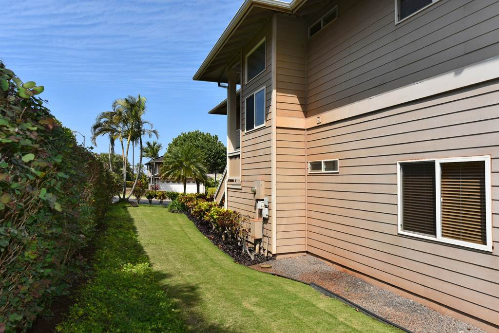 136 Kahana Ridge Dr in Kahana