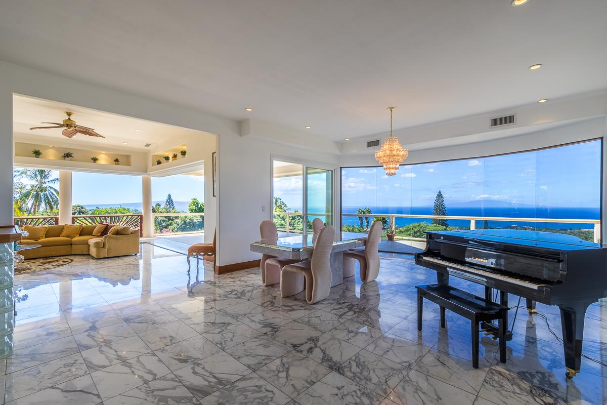 986 Kupulau Dr in Maui Meadows