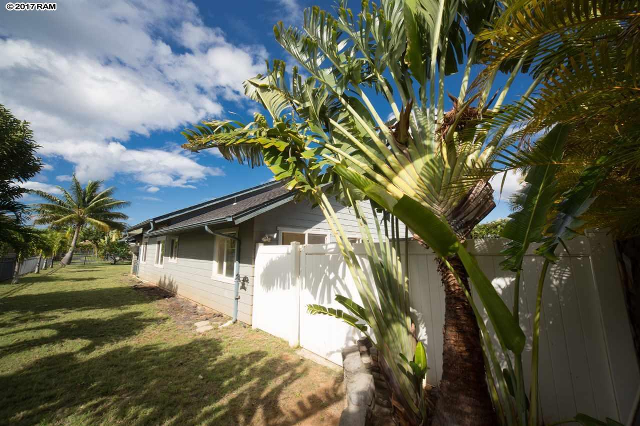 27 MELEANA Pl in Islands, Maui Lani