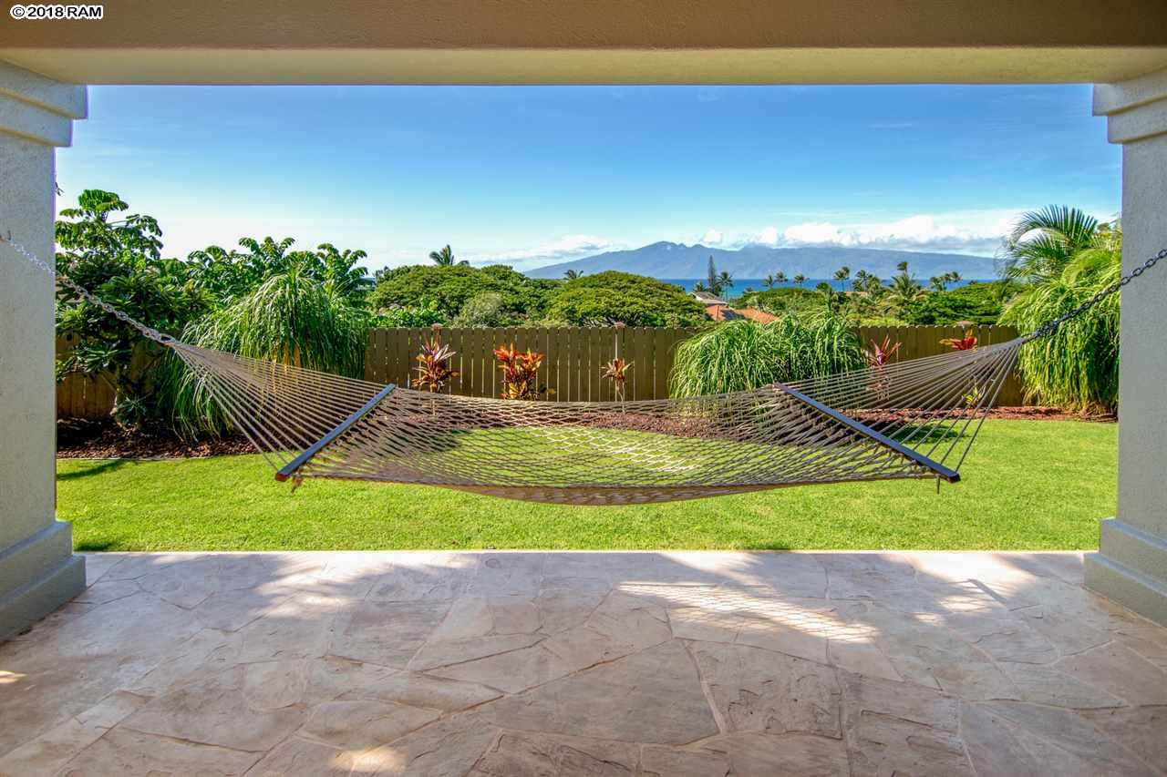 302 Kahana Ridge Dr in Kahana Ridge