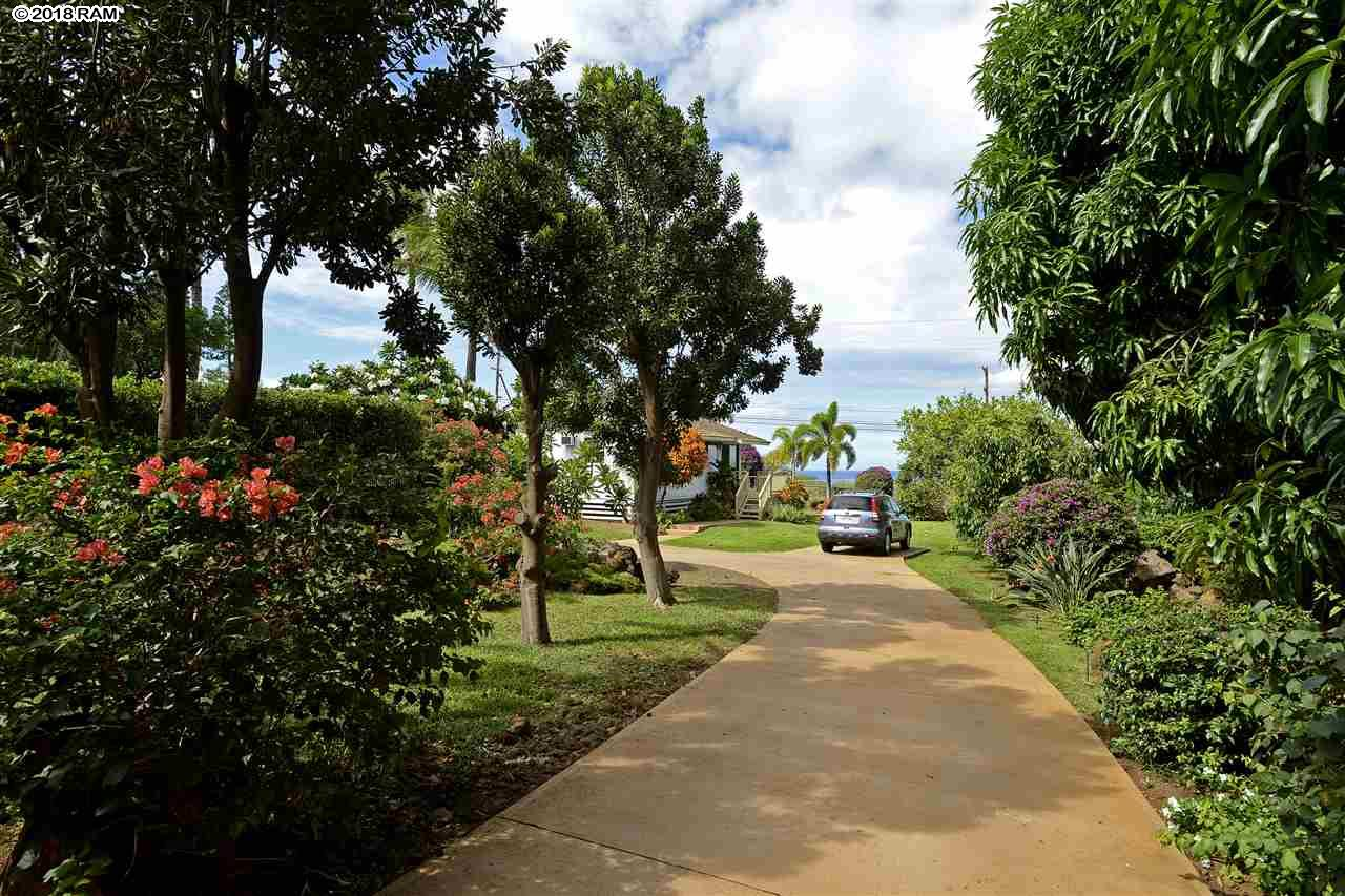 3476 Akala Dr in Maui Meadows
