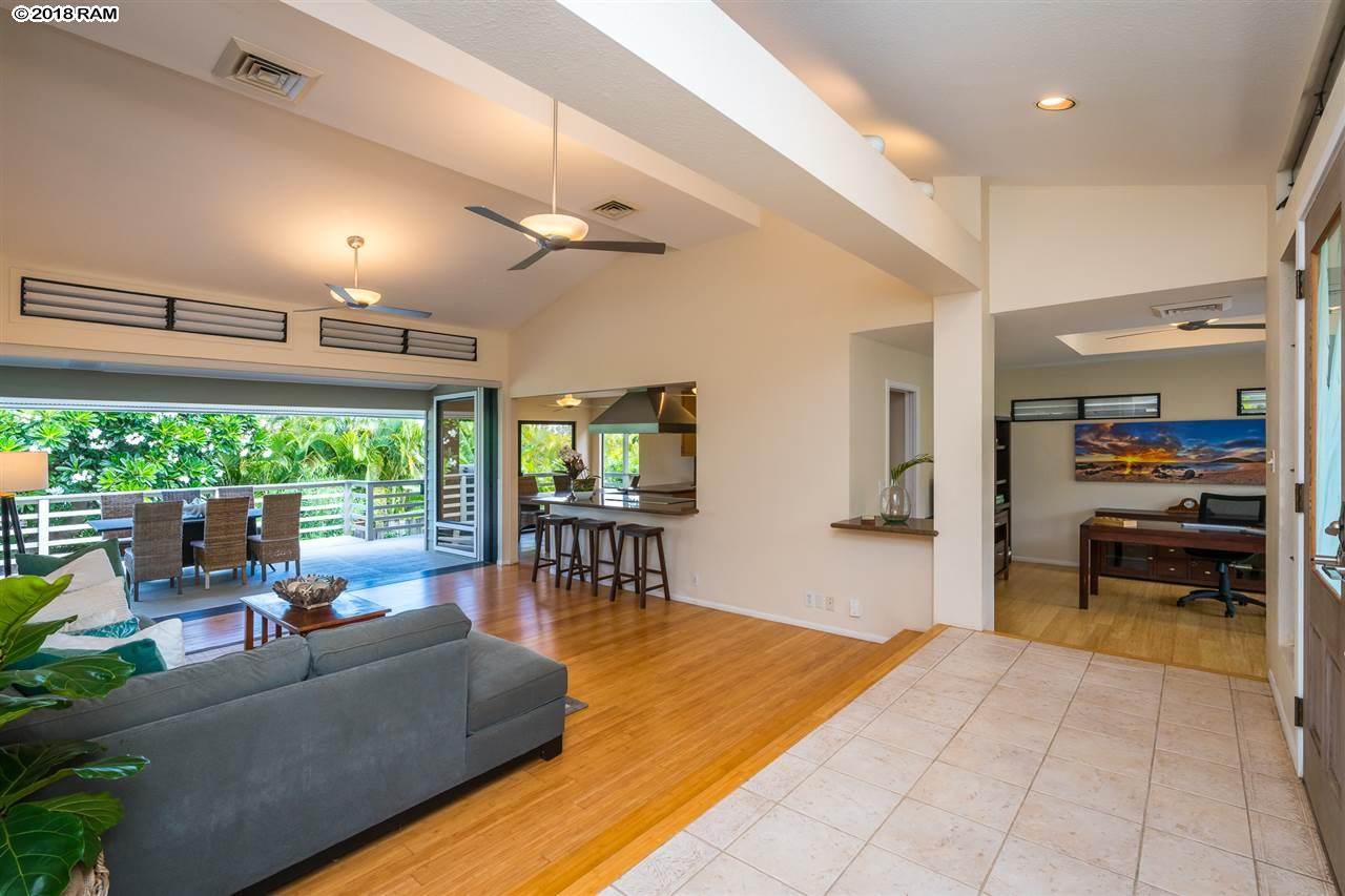 69 Pukolu Way in Wailea Kai