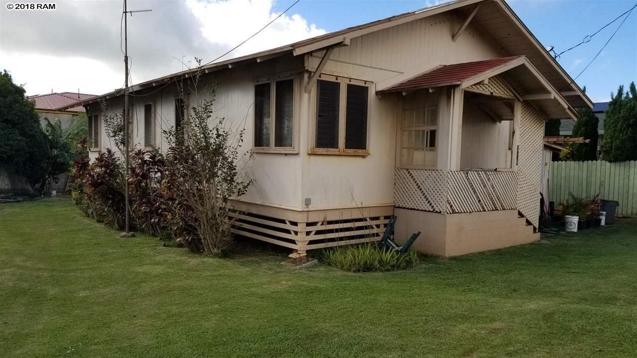 359 Caldwell Ave in Lanai City
