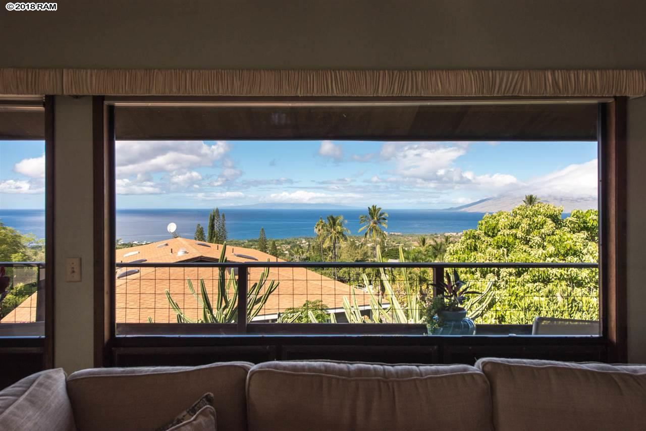 1108 Kupulau Dr in Maui Meadows