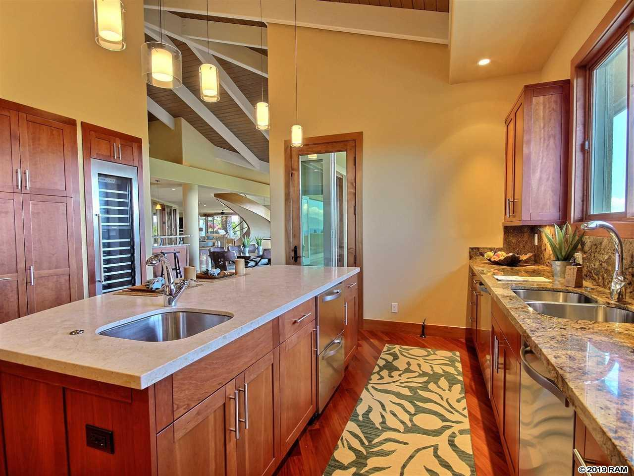 305 Plantation Estates Dr in Kapalua