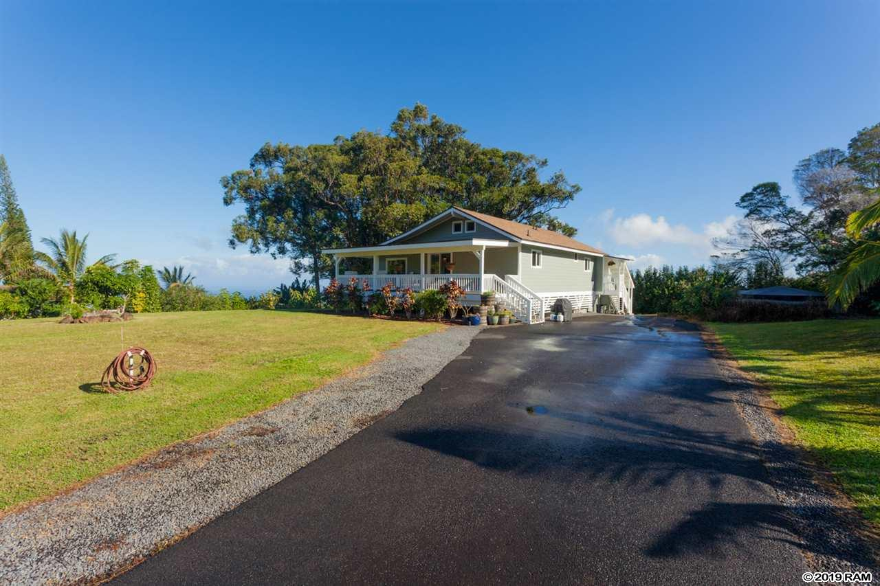 53 Awalau Rd in Hibiscus Acres