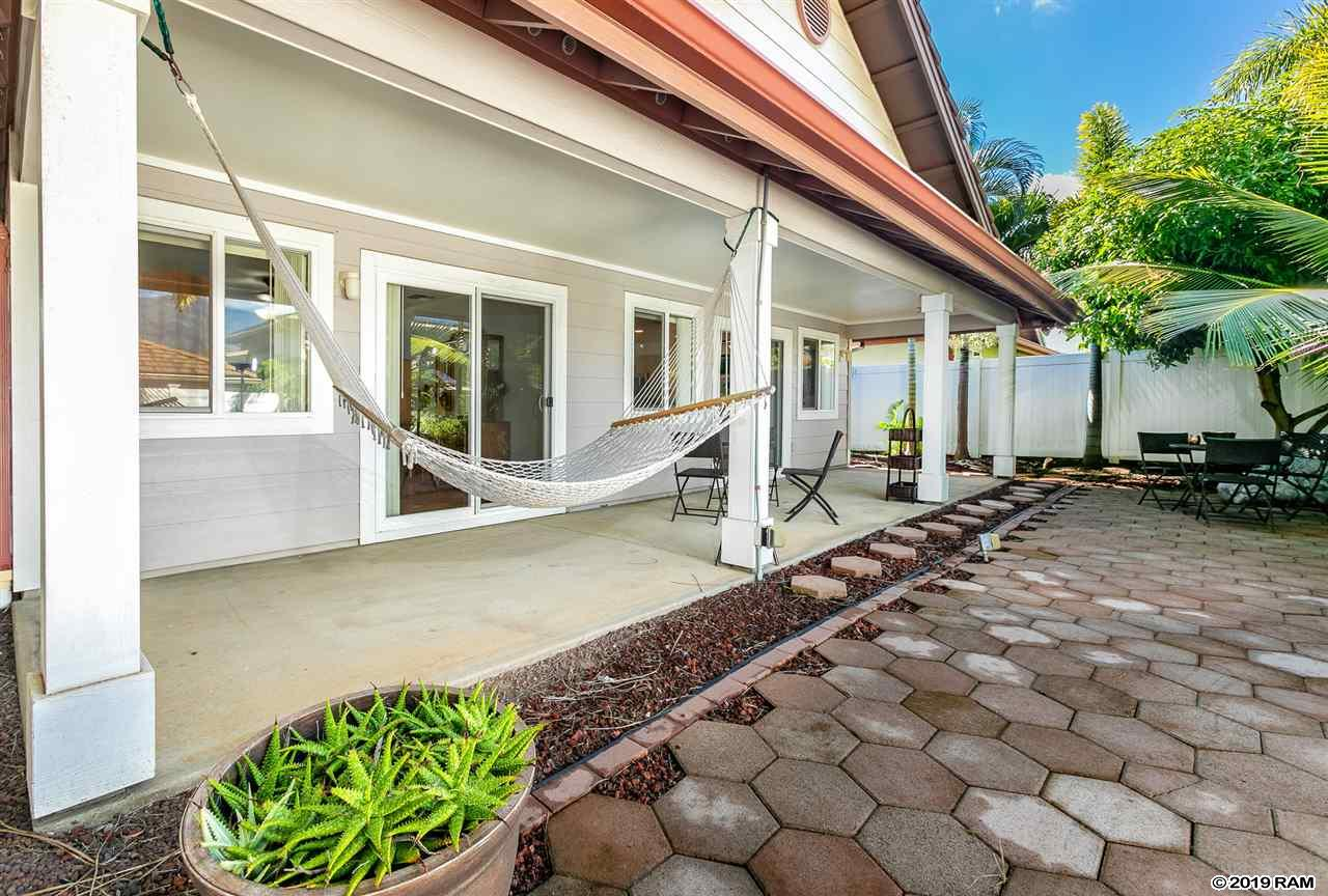 72 Papahi Loop in Maui Lani