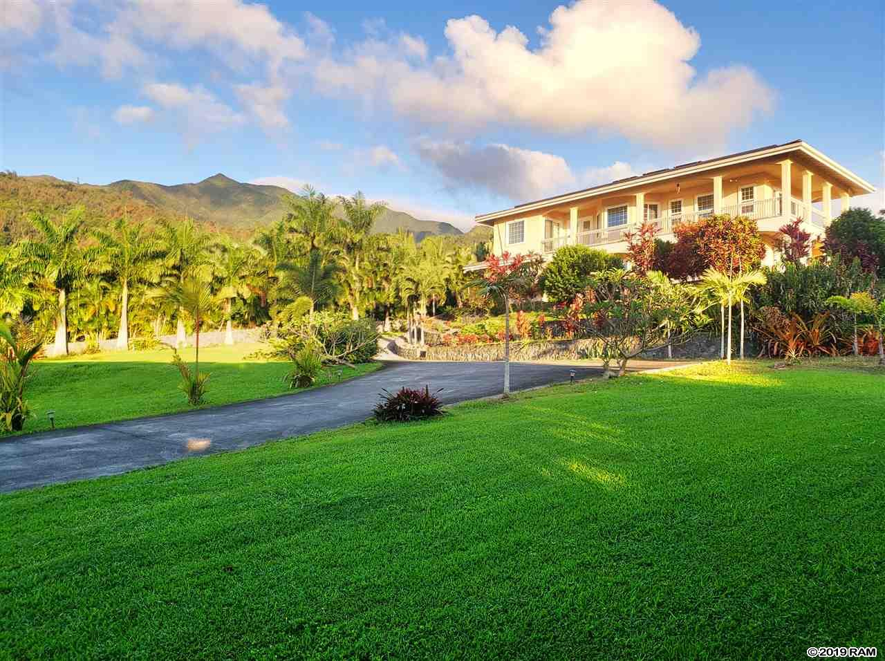 2284 Kamaile St in Wailuku Country Estates