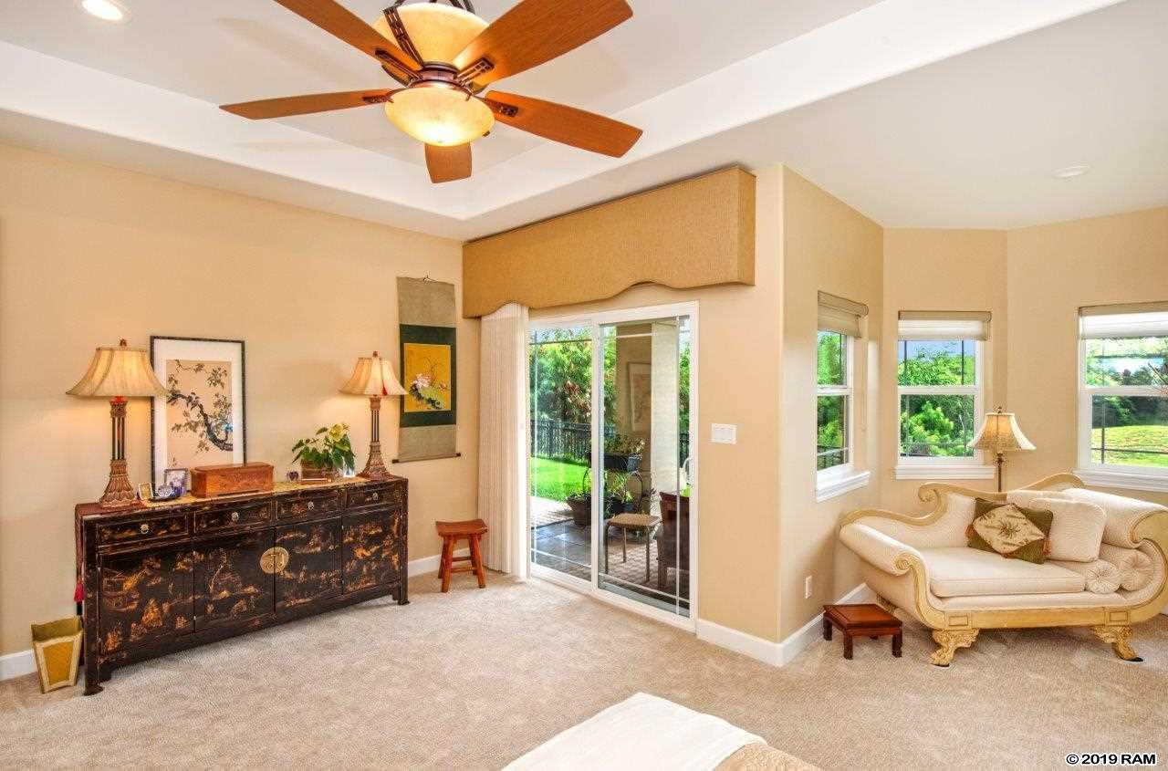 49 Kamaiki Cir in Maui Lani Island & Bluffs