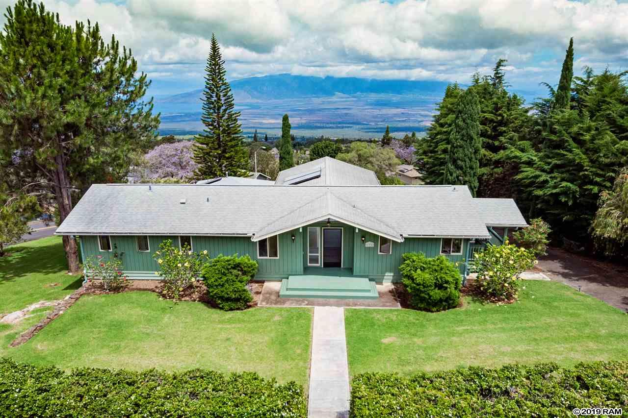 171 Holomakani Pl in Kula Highlands