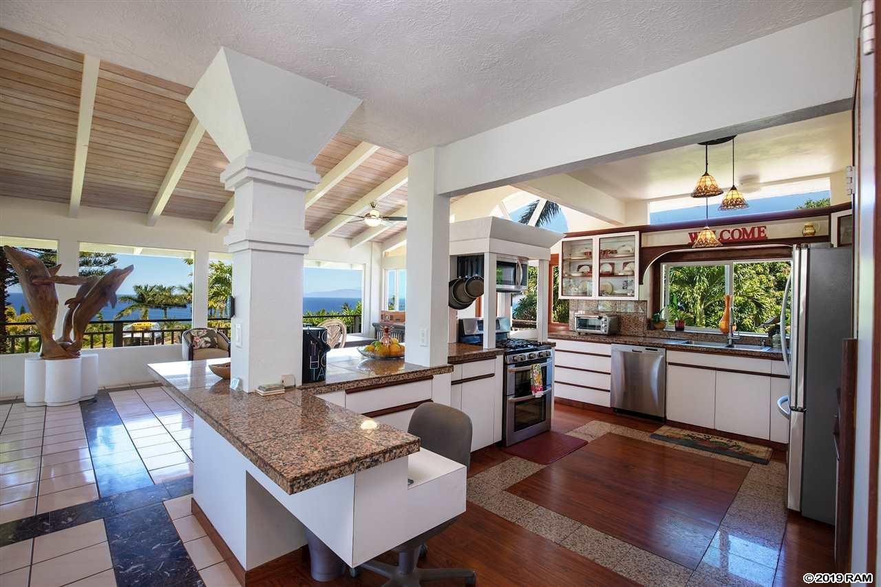 701 Kupulau Dr in Maui Meadows