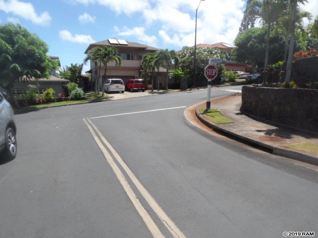 107 Poinciana Rd in Kahana