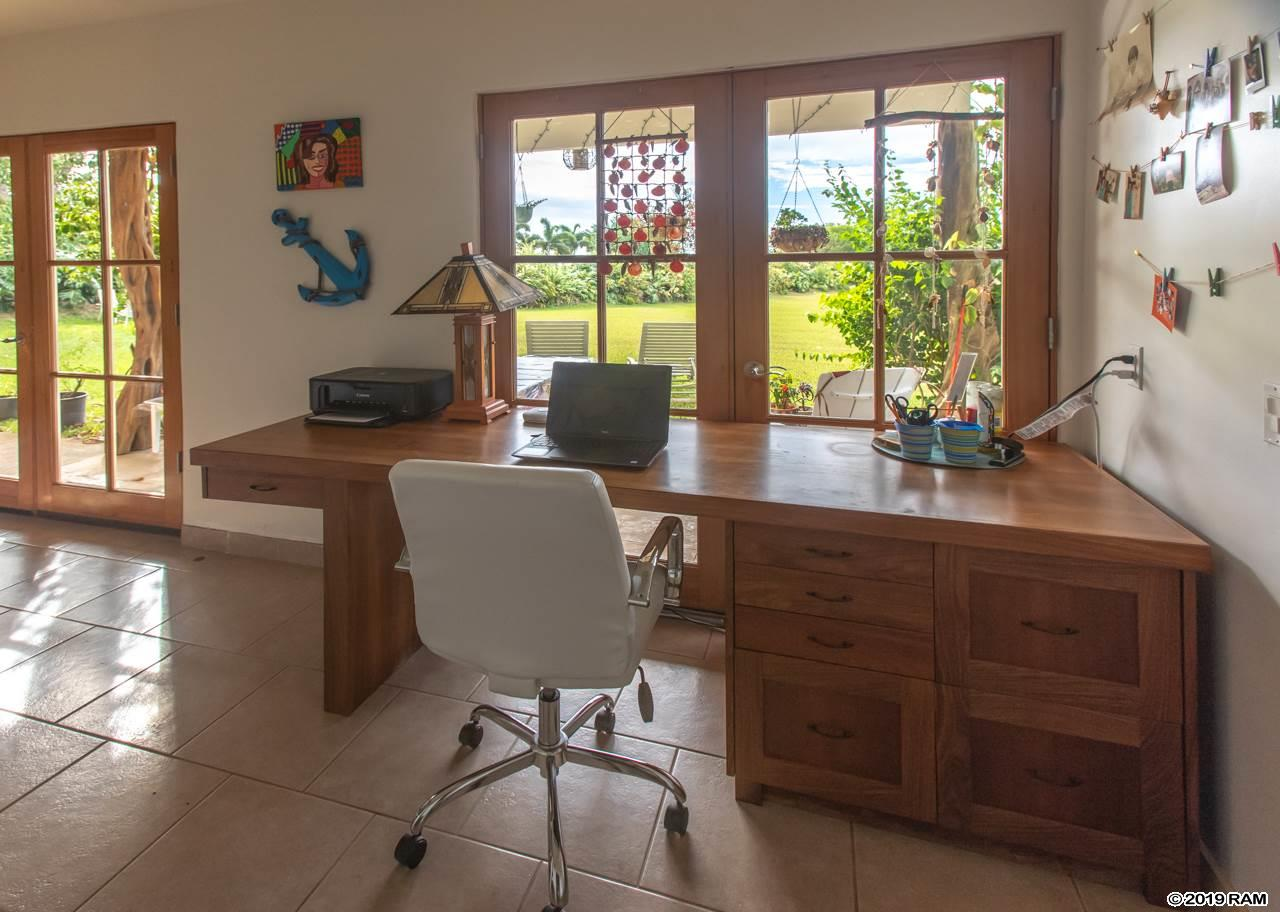 76 Mauu Pl in West Kuiaha Meadows