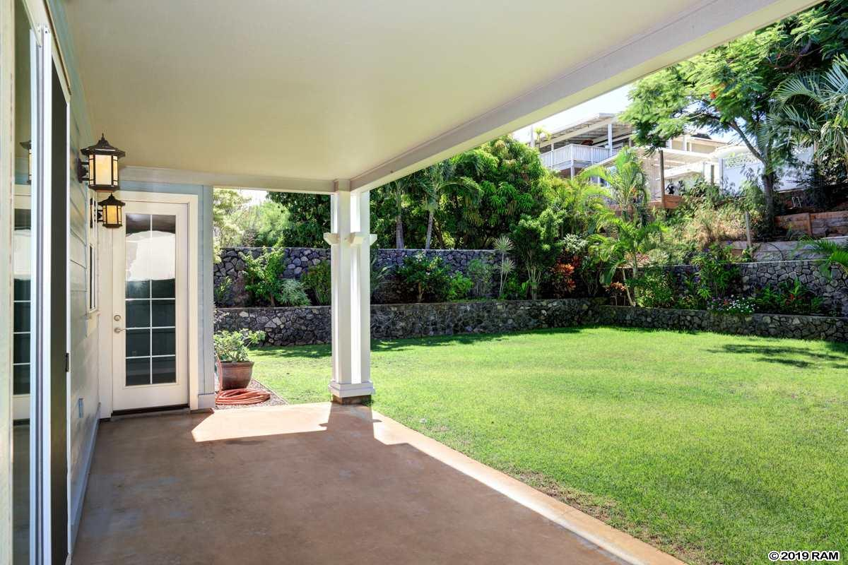 112 Laukahi St in South Maui