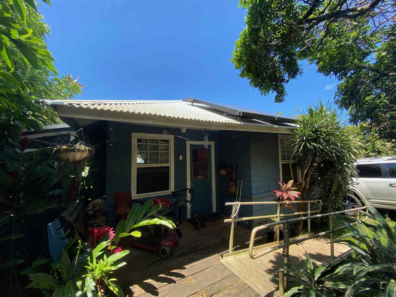 973 Iulani St in Rice Camp