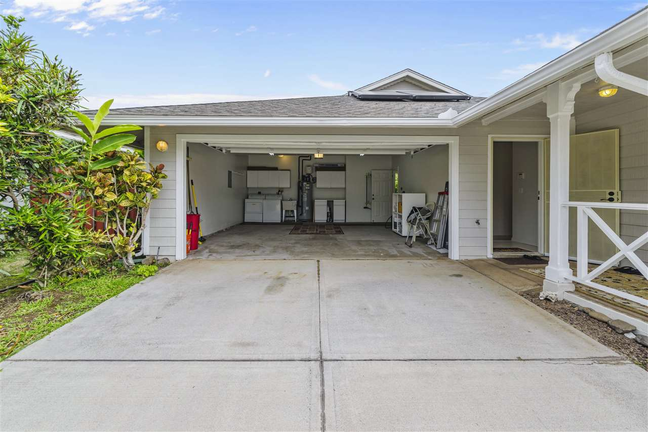 77 Poniu Cir in Wailuku