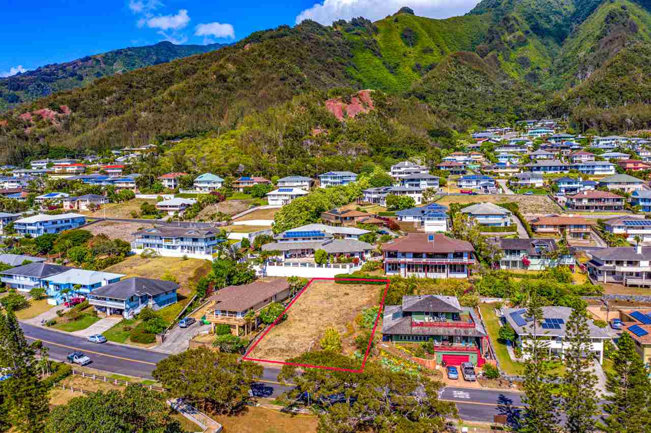 650 S Alu Rd in Wailuku Heights
